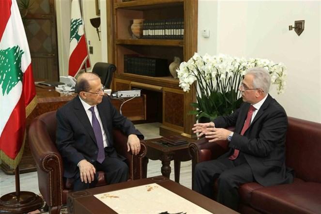 الرئيس عون التقى مدير عام الدفاع المدني العميد ريمون خطار